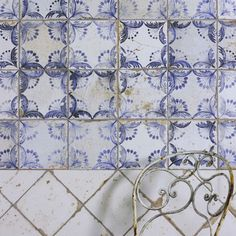 Old Faro Patterned Porcelain Tiles. Old Faro Patterned is a porcelain floor and wall tile, suitable for interior applications. A brilliant rendering of antique blue and white terracotta tiles, with all their ageing, fading and patina. Old Faro Patterned perfectly captures the spirit of the Mediterranean. Also in the Old Faro Collection we have a Blue & White Chequer and a Plain White.
