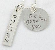 This would be THE cutest vday gift from a boyfriend! If only they were that creative!