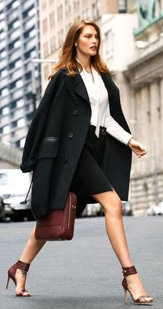 Get The Chic Look – Fashion Style Magazine - Page 3 Business Casual Dresses, Business Outfit, Business Fashion, Business Women, Best Workwear, Workwear Fashion, Womens Fashion For Work, Work Fashion, Classic Fashion