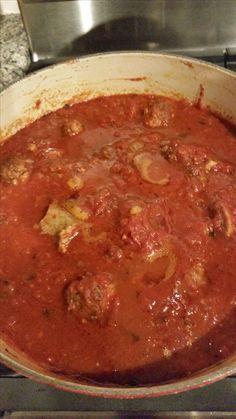 Italian Spaghetti Sauce, Italian Pasta, Italian Dishes, All Day Spaghetti Sauce Recipe, Italian Sauces, Italian Entrees, Pasta Spaghetti, Italian Cooking, Pasta Recipes