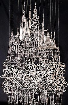 Looks like a chandeleir. Instalation Art, Lace Art, Textiles, Lace Jewelry, Lace Making, Bobbin Lace, Antique Books, Art Google, Textile Art