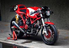 Ducati GT1000 based Racer