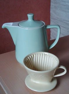 trödel & fundstücke    Grüne Melitta-Kanne und eine 101 Kaffeefilter