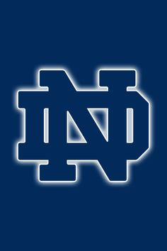 Notre Dame Fighting Irish iPhone Wallpapers for Any iPhone Model Nfl Football Teams, Notre Dame Football, Sports Teams, College Football, Go Irish, Irish Pride, Iphone Wallpaper Size, Iphone Wallpapers, Notre Dame Wallpaper
