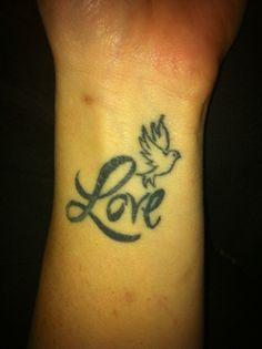Cute Love Tattoo Design: Bird Love Tattoo Design On Hand ~ Tattoo Design Inspiration