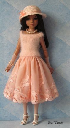 OOAK Apricot Outfit for ELLOWYNE WILDE by *evati* via eBay, SOLD 5/19/14  $57.45