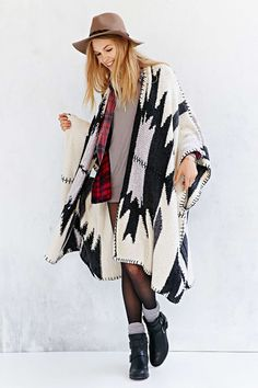 BDG Intarsia Poncho - Urban Outfitters