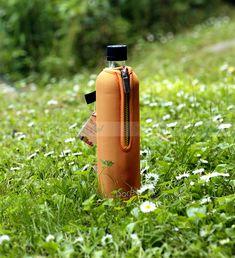 Környezettudatos, BPA-mentes termék. A neoprén huzat több órán át tartja a beletöltött folyadékok hőmérsékletét. KATTINTS RÁ! | #bio #drinking #környezetbarát #environmentally_friendly #doras #biodoras #környezettudatos #öko #termosz #kulacs #neoprén #neoprén_huzat #üvegkulacs #flask #orange #narancssárga #trendi #design #dizájn #menő #sport #sport_felszerelés #műanyagmentes #bpafree #bpamentes #plasticfree #sportfelszerelés #waterbottle #water_bottle #waterbottle #water_bottle #fenntartható Minion, Water Bottle, Drinks, Mint, Drinking, Beverages, Minions, Water Bottles, Drink