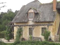 TV host Robert Bornstein takes you on a short tour of the home and farm of Marie Antoinette at Versailles, France. Paradise Garden, Tropical Paradise, I Love Paris, France Travel, Marie Antoinette, South Florida, Versailles, Gazebo, Cathedral