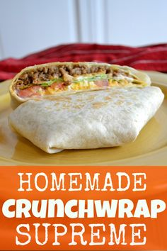Supreme Crunchwrap Supreme ~ The Frugal Sisters. This homemade crunchwrap supreme is so good! I think it tastes even better than the original because I get to add as much cheese, sour cream and taco meat as I want. Easy to make and delicious. Tostadas, Tacos, Taco Bell Recipes, Mexican Food Recipes, Enchiladas, Easy Dinner Recipes, Easy Meals, Easy Meal Ideas, Dinner Ideas