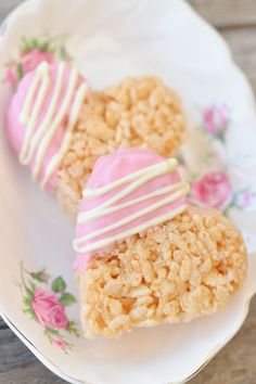 rice krispie treats-recipe but use red/white blue chocolates and different cookie cutter