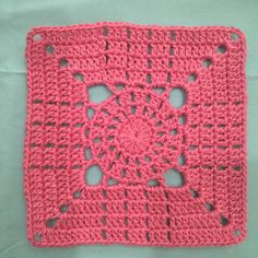 Transcendent Crochet a Solid Granny Square Ideas. Inconceivable Crochet a Solid Granny Square Ideas. Crochet Motifs, Crochet Blocks, Granny Square Crochet Pattern, Afghan Crochet Patterns, Crochet Squares, Crochet Granny, Crochet Stitches, Crochet Baby, Knit Crochet