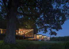 Dwell - High Meadow at Fallingwater by Bohlin Cywinski Jackson - Photo 9 of 14 Prado, Forest Glen, Jackson, Frank Lloyd Wright Homes, Covered Walkway, Residency Programs, Modern Rustic Homes, Best Architects, Modern Exterior