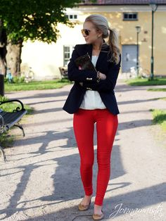 Chic Outfit With Red Pants Trendy Summer Outfits, Cute Fall Outfits, Winter Fashion Outfits, Outfit Winter, Spring Outfits, Beach Outfits, Casual Winter, Holiday Outfits, Indie Outfits