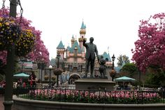 Disneyland - the happiest place on earth