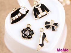 Hey, I found this really awesome Etsy listing at https://www.etsy.com/listing/276087336/1-set-5-pcs-charms-alloy-flower-high