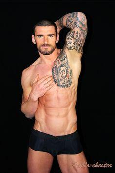 Twink satisfies tattoo stud