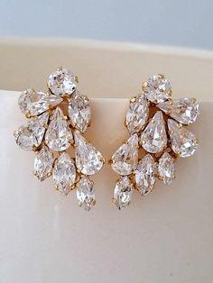 Clear crystal Statement stud earringsCrystal by EldorTinaJewelry Swarovski Crystal Earrings, Crystal Jewelry, Boho Jewelry, Wedding Jewelry, Jewelry Design, Fashion Jewelry, Jewellery, Cluster Earrings, Stud Earrings
