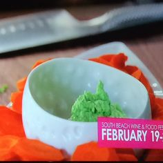 Pea Dip with Carrots Giada Recipes, Wine Recipes, Food Network Recipes, Food Processor Recipes, Appetizer Dips, Appetizer Recipes, Peas And Carrots Recipe, Savoury Dishes, Veggie Dishes