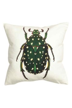 Cushion cover with a motif: Cushion cover in cotton with a print motif on the front, solid colour back and concealed zip.