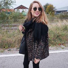 Good morning monday! 💗Na seid ihr alle schon ausgeschlafen? Also ich irgendwie nicht 👍🏼😂Habt ihr eigentlich schon mein neues Video gesehen? Dieses Mal gibt's einen #KleiderschrankTag 📽📽📽👚👕👙👠Habt einen schönen Tag ihr Hübschen ☺️💞▶️ Outfit: www.updressed.com/m7mmichelle #updressed #ootdmagazine #stylechoice #ootd #sportlich #wiw #whatiwore #kissinfashion #fashionblogger_de #fashionblogger_muc #pulli #adidassuperstars #ootd #fashionblogger #instastyle #streetstyle #outfitpost…