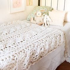 Cable Knit Chunky Throw Blanket Kit (Small)