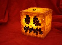 Light Up Minecraft Pumpkin Box Made of Perler Beads with Removable Lid Perfect for Halloween via Etsy Perler Bead Designs, Diy Perler Beads, Pearler Bead Patterns, Perler Bead Art, Perler Patterns, Minecraft Pumpkin, Pc Minecraft, Minecraft Beads, Minecraft Crafts