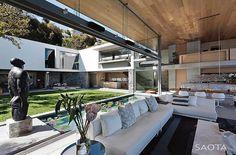 || Glamorous Simplicity || . . . 🏠 De Wet 34 📐 SAOTA 📍 Johannesburgo, South Africa 🇿🇦 📸 Adam Letch 🏗 🔲 ⠀ ⠀…