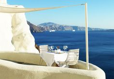 Table for two... in Santorini-