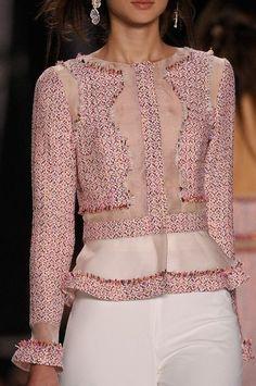 Moda en detalles: Lujosos detalles en los diseños de Alta Costura!! ❤️❤️ #altacostura #hautecouture