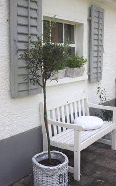 ber ideen zu fensterl den auf pinterest alte fensterl den h user und wohnen. Black Bedroom Furniture Sets. Home Design Ideas