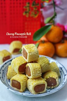 Cuisine Paradise | Singapore Food Blog | Recipes, Reviews And Travel: 2014 Lunar New Year Bakes #1 - Cheesy Pineapple Roll and Black Gold