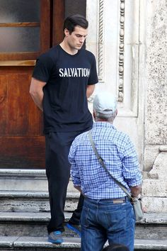 Henry Cavill Goes Sightseeing in Rome