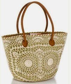 Universo da Moda & Cia.: Bolsa de palha com aplicação de crochê