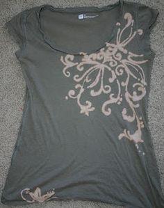 Whitney's art spot: Bleach Pen Shirts Angel wings Dandelion puff henna day of the dead Bleach Pen Shirt, Bleach Shirts, Bleach Art, Fabric Painting, Fabric Art, Fabric Crafts, Sewing Crafts, Sewing Projects, Diy Projects