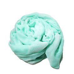 Pañuelo con estampado de estrellas de mar. http://www.shopladymoura.com/es/accesorios/23-foulard-con-estampado-de-estrellas.html