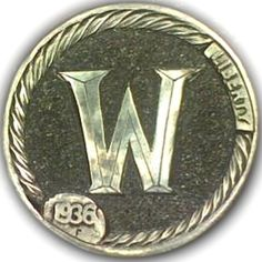 DIMAS SÁNCHEZ MORADIELLOS LOVE TOKEN - ENGRAVED LETTER 'W' - 1936 BUFFALO NICKEL Hobo Nickel, Chile, Buffalo, Letter, Carving, Personalized Items, Art, World, Coins