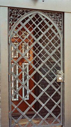 www.bellowsforge.com wp-content gallery iron-gates 6.jpg