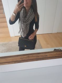 Look del giorno: outfit con tubino nero – no time for style Wrap, How To Wear, Shopping, Scarf Head