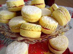 cake selection: Vanilice