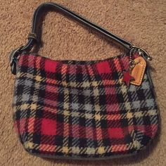 "Coach Small Purse Small purse- measures about 7"" from top to bottom and 6"" from side to side measured by blue bottom. Red, navy, light blu, and khaki color. LMK if you have any questions! Coach Bags"