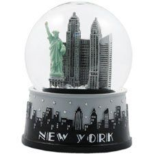 New York Black and White Snow Globe by Sign me Up, http://www.amazon.com/dp/B0049K4F4O/ref=cm_sw_r_pi_dp_YgSRpb1VP3KZX