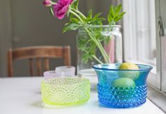 vintage glass - left Nanny Still & right Saara Hopea