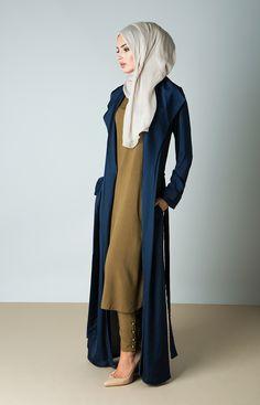 Plain Kimono Cardigan Fashion Inspirations for Hijabies – Girls Hijab Style & Hijab Fashion Ideas – Hijab Club Modern Hijab Fashion, Hijab Fashion Inspiration, Islamic Fashion, Abaya Fashion, Cardigan Fashion, Muslim Fashion, Kimono Cardigan, Mode Inspiration, Modest Fashion