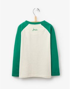 Let their imagination run wild with colourful characters and bold prints at Joules. Explore the full range of boys' t-shirts and tops today. Joules Uk, Bold Prints, Boys T Shirts, Long Sleeve Tops, Sweatshirts, Tees, Sweaters, Christmas, Clothes