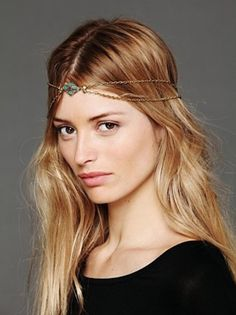 Super cute hair piece. I can't wait to buy some and have messy long hair all summer.