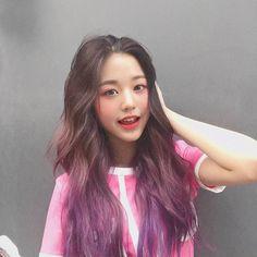 into Aerialist dance class! Japanese Girl Group, Ulzzang Girl, Korean Girl Groups, Kpop Girls, Yuri, Asian Girl, Hair Color, Hairstyle, Long Hair Styles