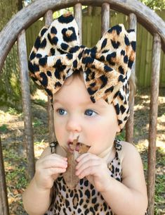 Headwrap style, No Tie Headband! Tie Headband, Baby Headbands, Leopard Print Baby, Fabric Bows, Baby Gender, Boutique Bows, Soap Molds, Big Bows, Head Wraps