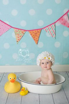 flower petal hat; basin; rubber duck; flag banner; props