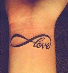 Tatuajes pequeños para mujeres 1